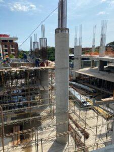 Superestructura sobre vacio central Centro empresarial Potenza, Villavicencio